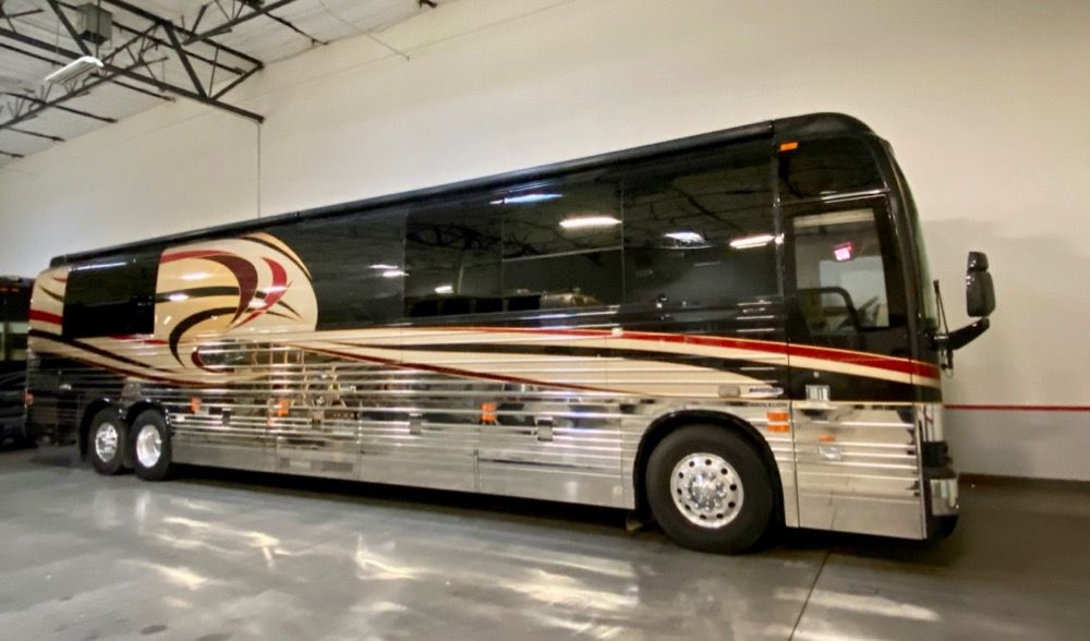 2007 Prevost Thompson XLII2S